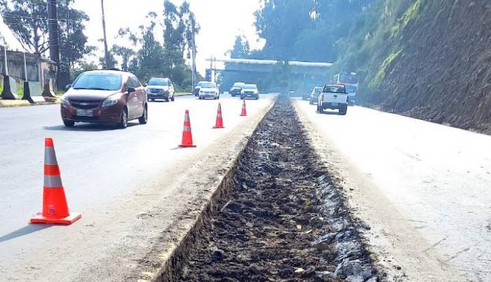 Autopista-Rumiñahui-Quito-2