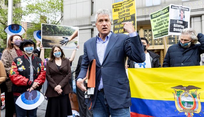 Steven Donziger, abogado que ganó un caso contra Chevron en Ecuador es condenado a seis meses de cárcel