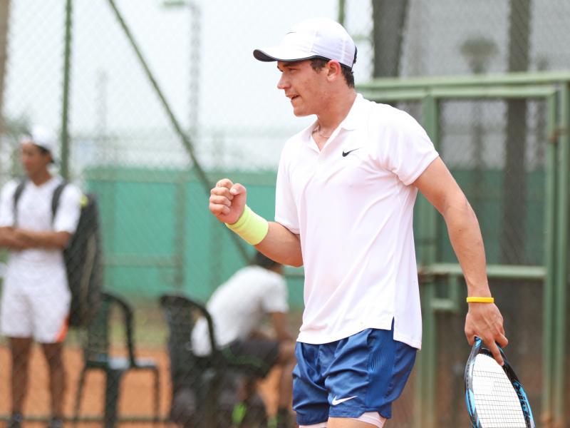Cayetano March, tenista ecuatoriano Copa Davis, atrapado en España